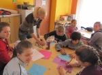 EVS volonterka radi s djecom